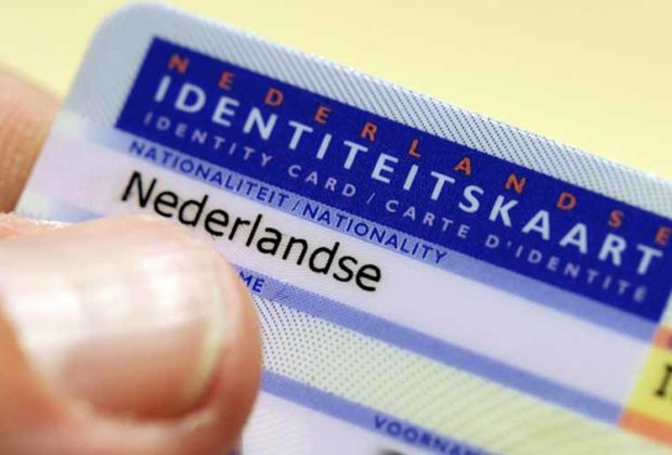 European Parliament agrees to two fingerprints on ID cards