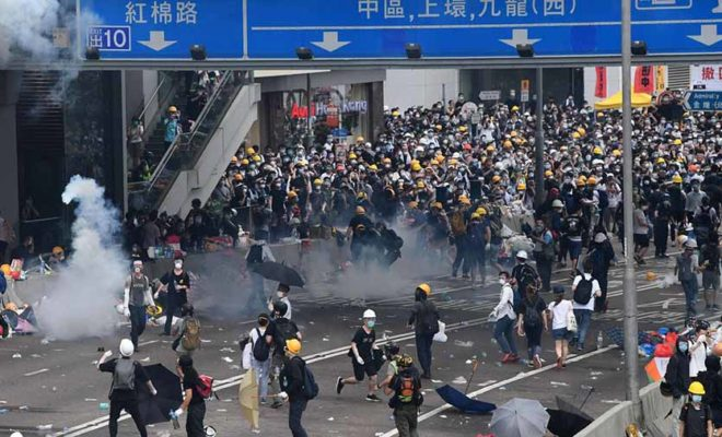 Hong Kong closes government buildings