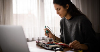 Discover What is Electronics Engineering – What Can You Do?